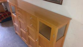 Foto 2 Massivholz-Möbel Erle und Buche in gutem Zustand