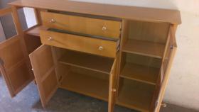 Foto 3 Massivholz-Möbel Erle und Buche in gutem Zustand