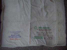 Matratzenauflage aus Schafschurwolle mit Kupferdrahteinlage gegen Erdstrahlen