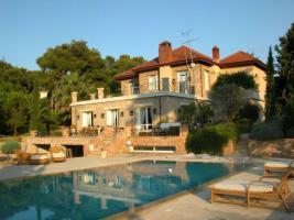 Mediterranean stone villa with large garden in the north of Athens/Greece