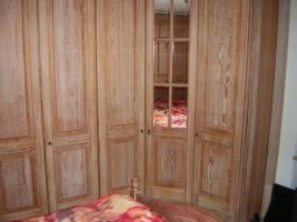 Foto 3 Mediterranes Schlafzimmer komplett - Pinie gebürstet massiv