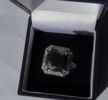 Mega seltene 14k gold & 7.7ct schwarzem Zentrum Diamant-Ring. Zertifikat