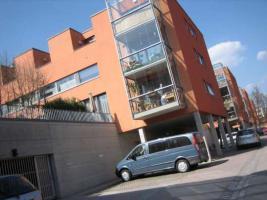 Foto 2 Mehrere Tiefgaragenstellplätze in sehr gepflegter Wohnlage in Regensburg zu vermieten.