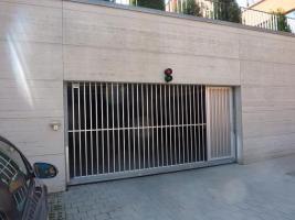 Foto 4 Mehrere Tiefgaragenstellplätze in sehr gepflegter Wohnlage in Regensburg zu vermieten.