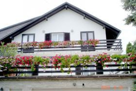 Foto 9 Mehrfamilienhaus in BALATONGYÖRÖK
