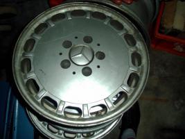 Foto 4 Mercedes 126 Teile