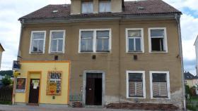 Mietshaus 5Wohneinheiten+Geschäftsräume