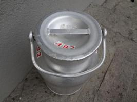 Foto 2 Milchkannen 20l aus Alu