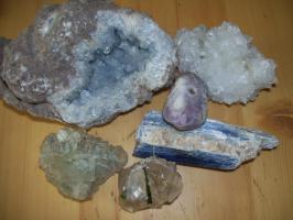 Foto 2 Mineraliensammlung abzugeben, ca. 2,3kg.!!!!!!!