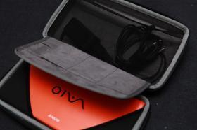 Foto 12 Mini-Notebook Sony Vaio P11S1E/D  *NEU* Tombolagewinn*