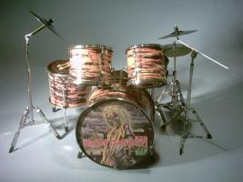 Miniatur Drum kit – Iron Maiden
