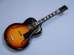 Miniaturgitarre – 1950 Gibson ES-150