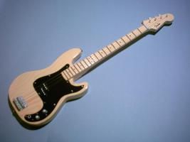 Miniaturgitarre – Precision Bass - Natural