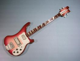 Miniaturgitarre – RB Bass guitar