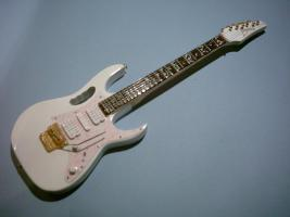 Miniaturgitarre – Steve Vai - White Ibanez