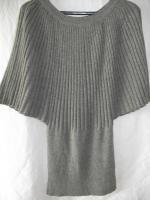Minikleid aus Wolle mit Fledermausärmel in grau-Neu