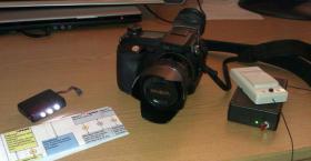 Minolta Dimage 7Hi Systemkamera + Funkauslöser + AF-Hilfslicht