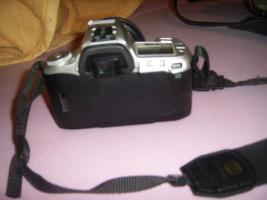 Foto 2 Minolta Dynax 404si + 28-80mm Objektiv und neuer Film, neuwertig!