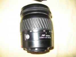 Foto 10 Minolta MAXXUM 550 SI   3 Super- Objektive (1x AF 28-80/1x AF 75-300/1x 100-300)   Tasche