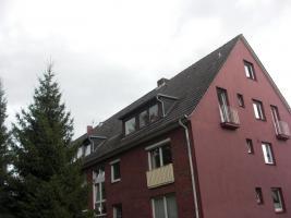 Foto 2 Mit diese Zwei vermieteten Wohnungen und Dachgeschoss zum ausbauen verwirklichen Sie sich Ihren Traum von Altersvorsorge und Eigentum