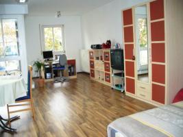 Mobilertes 1 Zimmer-App. in Uni- und Kliniknähe in Erlangen von August 2011 bis März 2013 zur Zwischenmiete
