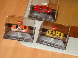 Foto 3 Modellautos verschiedene und Flieger aus Metall