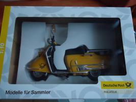 Foto 2 Modellfahrzeug Roller der Deutschen Post im Maßstab 1:10