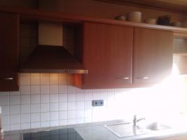 Foto 4 Moderne Wohnküche incl.E-Geräte günstig wegen Umzug zu verkaufen Preis: VB