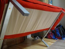 Foto 3 Moderne und gut erhalte rote Schlafcouch (2 Jahre alt) zu verkaufen