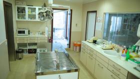 Foto 2 ModerneTierpraxis / Tierklinik auf Formentera (Spanien) abzugeben.
