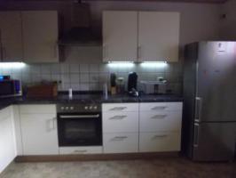 Foto 2 Moderne, helle komlettküche neuzustand