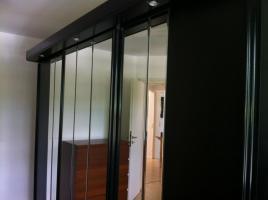 Foto 5 Moderner und edler Schlafzimmerschrank/Kleiderschrank