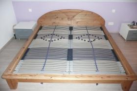 Foto 2 Modernes Doppelbett Massivholz