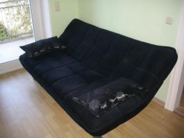 Modernes Kippsofa mit Schlaffunktion