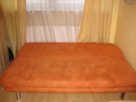 Foto 2 Modernes Sofa mit Schlaffunktion und Bettkasten