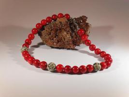 Modeschmuck - Koralle-Halskette mit Dalmatiner-Perlen, Unikat