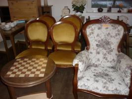 Möbel finden Sie in der Stemmer Trödel Halle Minden