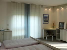 Foto 2 M�blierte 1 Raum Wohnung mit Balkon