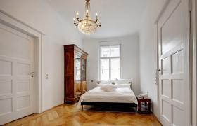 Foto 2 Möblierte 3.0-Zimmer Wohnung , Stockwerk 3 , in Zürich