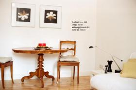 Möblierte Altbauwohnung in Berlin Charlottenburg