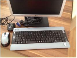 Foto 2 Monitor 19 Zoll von LG inkl. USB Tastatur + Maus