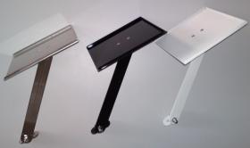 Foto 3 Mousepad aus Edelstahl zur direkter Montage am Schreibtischsessel