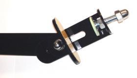 Foto 5 Mousepad aus Edelstahl zur direkter Montage am Schreibtischsessel
