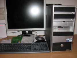 Multi Media PC, Flachbildschirm 19'' - Fernbedienung + Zubehör