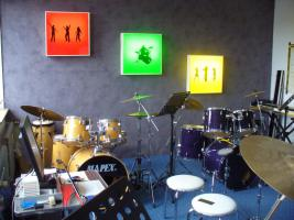 Musikschule DRUM-WORKSHOP (Drumset-Gitarre-Klavier-Keyboard-Bass-Saxophon)