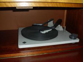 Foto 2 Musiktruhe Grundig Modell: Rosita Röhrenradio