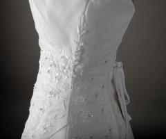 Foto 3 NEU-Wunderschönes neues Brautkleid mit Schleier und Stola zu verkaufen! (Köln)