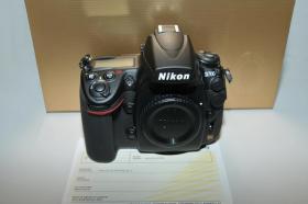 NEU mit volle Garantie NIKON D700 Spiegelreflexkamera Body