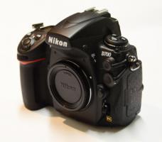 Foto 2 NEU mit volle Garantie NIKON D700 Spiegelreflexkamera Body