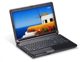 NEU & OVP Fujitsu Lifebook 15,6 Zoll LED